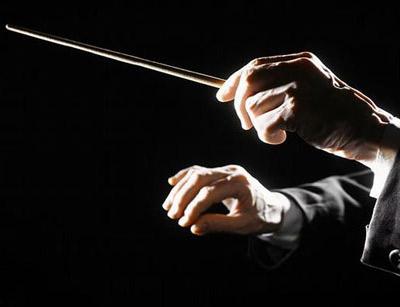 آشنایی با رهبر ارکستر