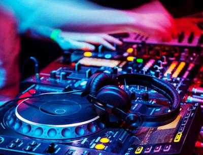 آشنایی با موسیقی الکترونیک