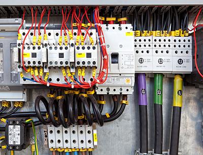 کاربرد برق صنعتی