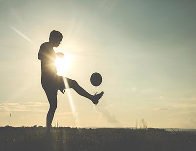 چه برنامه غذایی برای بدنسازی در فوتبال مناسب است ؟