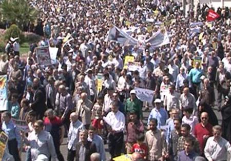 حضور کارکنان هولدینگ پارس پندار نهاددر راهپیمایی روز جهانی قدس