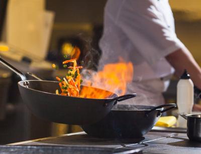 آشنایی با هنر آشپزی